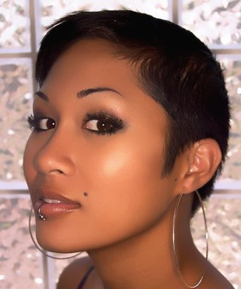 Asian women very short hairstyle.jpg picture