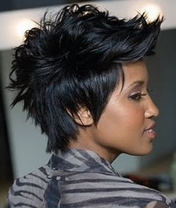 African American short hairstyle with layersa nd spikes