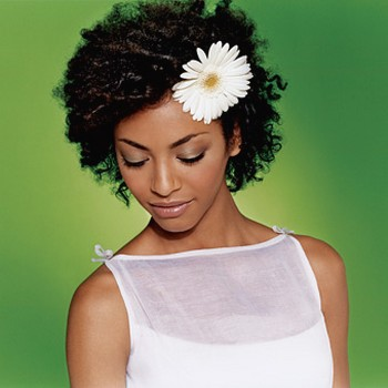 Black bride hairstyle with flower.jpg picture