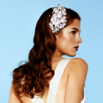 How to Have a Sleek and Smooth Long Hair for Your Wedding Hairstyle