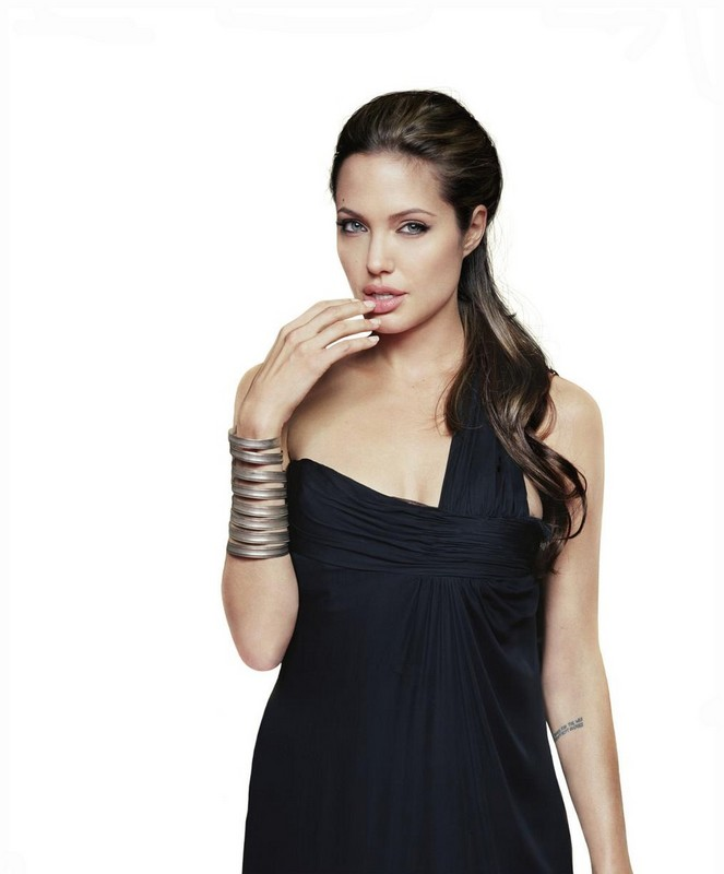 Angelina Jolie Half Down Hairstyle