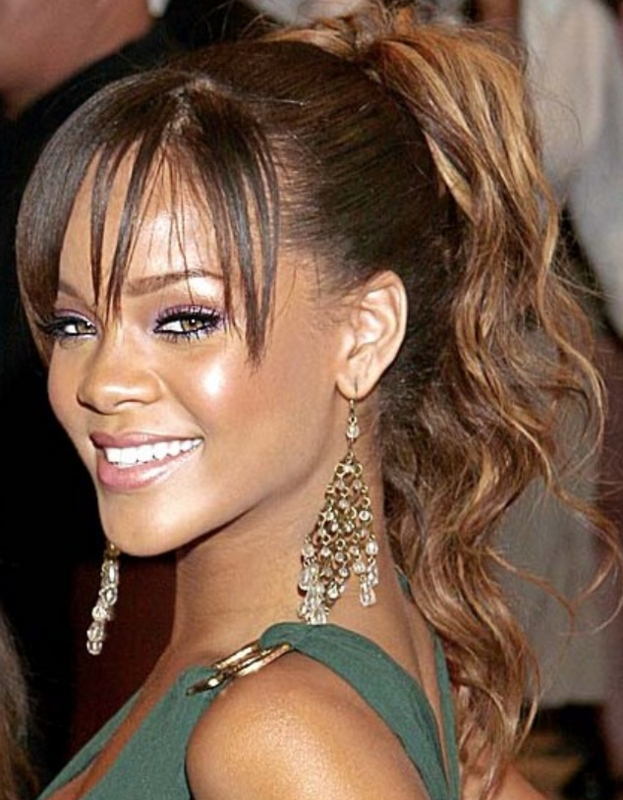 how to style curly hair with bangs picture of singer rihanna with curly ponytail in 1119