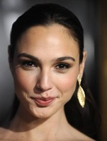 Gal Gadot-Varsano simple hairdo yet elegant look