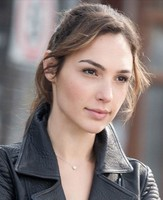 Gal Gadot Varsano with simple ponytail hairstyle