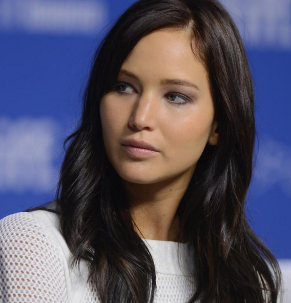 Jennifer Lawrence With Black Hairstyle In Long Length And