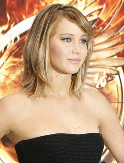 jennifer lawrence with medium short haircut with long