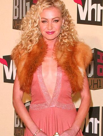 Pictures Of Portia De Rossi With Curly Hairstyle With Curl