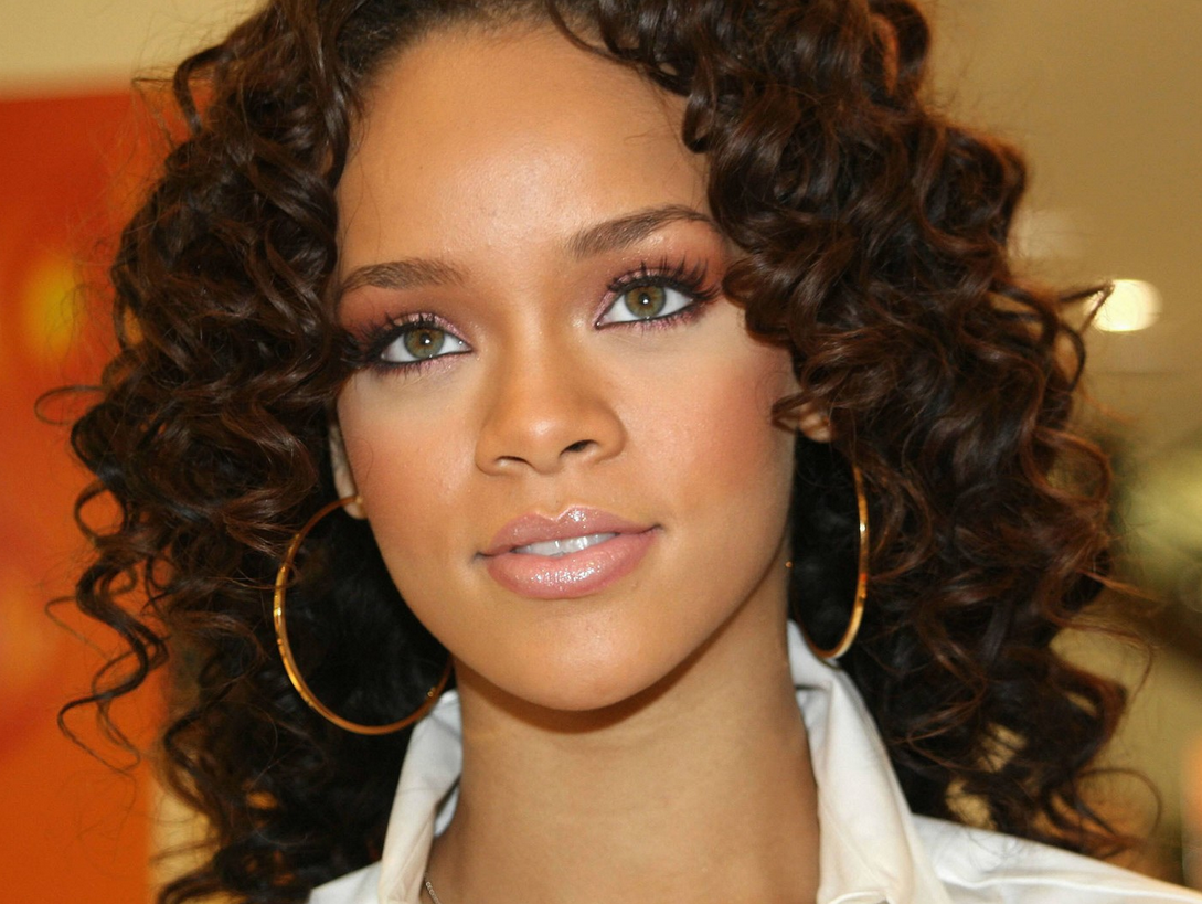 Rihanna With Her Cute Curls In Long Hair And Long Curly Bangs