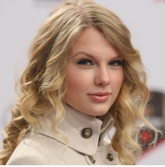 how to make taylor swift curls. taylor swift hair.