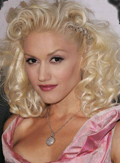 gwen stefani no makeup. Gwen Stefani and her son