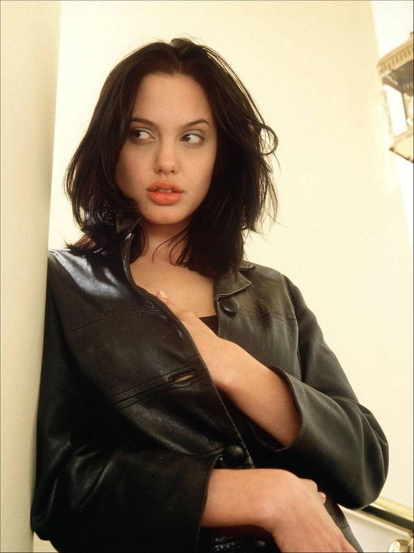 Young Angelina Jolie With Medium Hair