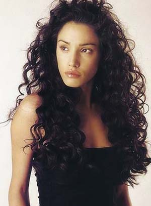Hair style for long curly hair, black