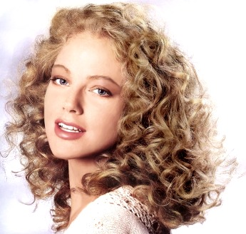Medium Curly Hair Style Blonde