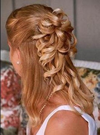 Best Medium Prom Hairstyle: Style them the way you want them! prom_updos