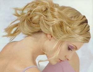 wavy blonde updo