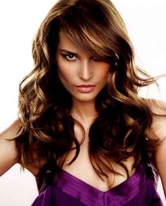 2011 sexy women hairstyle with long curly shag hairstyle photo picture