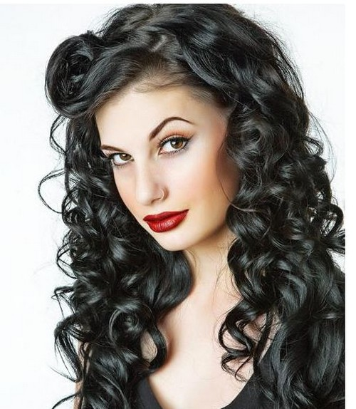 long black curly hairstyle with curly side