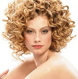 sexy women curly hairstyle.jpg