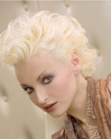 women 50s wavy hairstyle photo_ice blonde hair.PNG