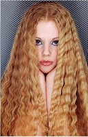 women crimped hair style and very long style is sexy and romantic..JPG