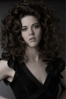 women sexy curly hair with super big curls with full of volume_very sexy.JPG