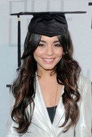 Celebrity graduation hairstyles pictures of Vanessa Hudgens graduation hairdo with curls