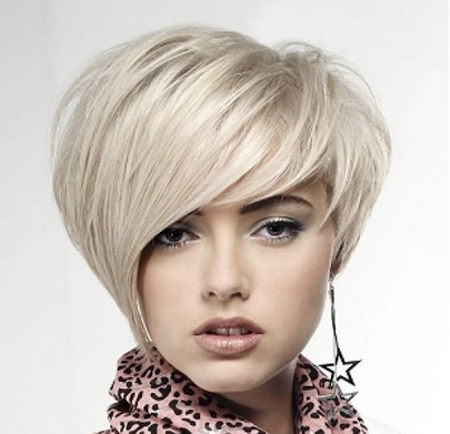 Sexy Women Short Hairstyle With A Dramatic Looking Bangs Png