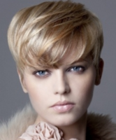 Chic boyish hairstyle with long bang with highlights