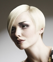 Stylish women hairstyle in short length_2012 women bob haircuts.PNG
