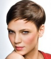 Women clsasic short hairstyle with long bang.PNG