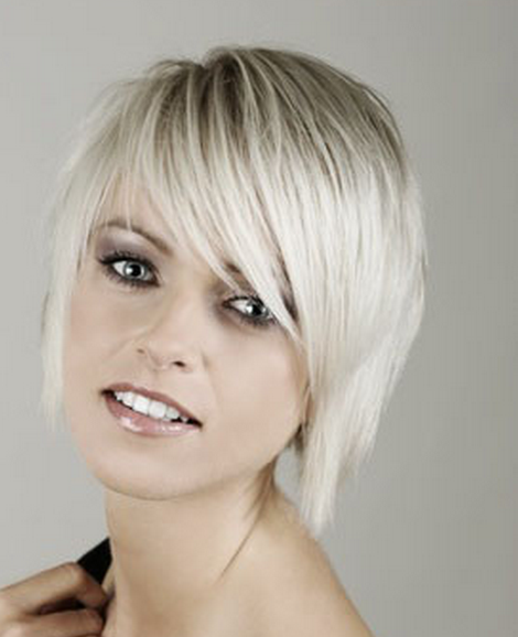 Women short trendy bob hairstyle photo picture